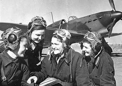 Sabías que...La Brujas de la Noche fueron un grupo de bombarderas rusas