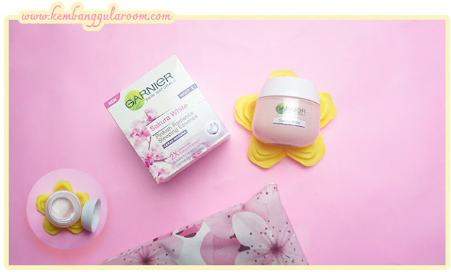 Rangkaian Garnier Sakura White
