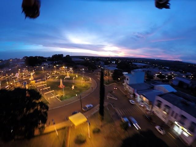 Vista noturna de Roncador no mês de dezembro de 2015