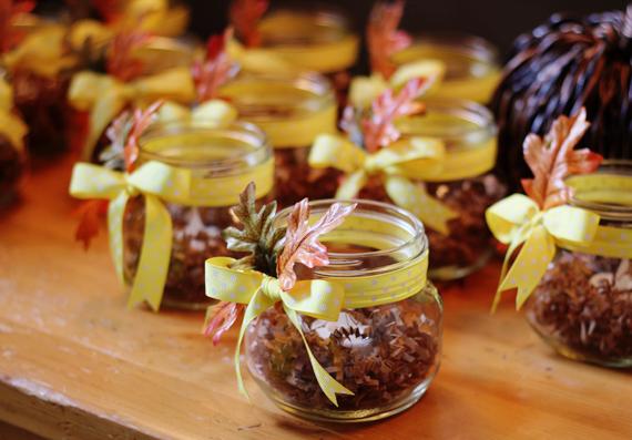 DIY Autumn Mason Jar Candles // Bubby and Bean
