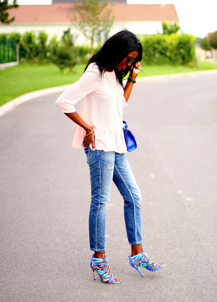 sac-furla-metropolis-julia-blouse-peplum-promod-jeans-dechire-zara-sandales-cages-bleues-