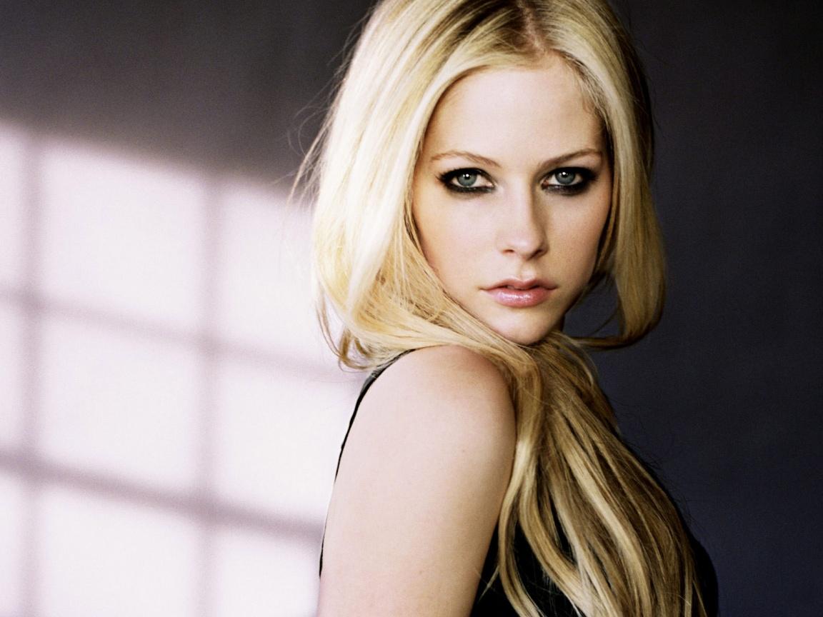 Undecided so far...: Avril Lavigne