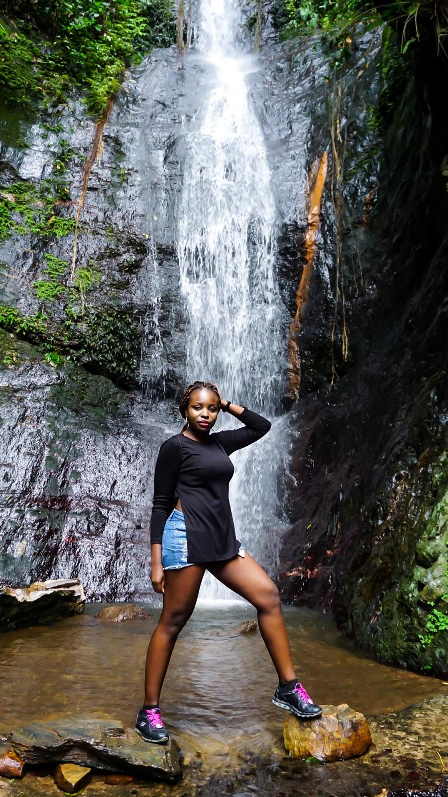 Nigerian blogger, lade Ibikunle at Cascade de kpime togo