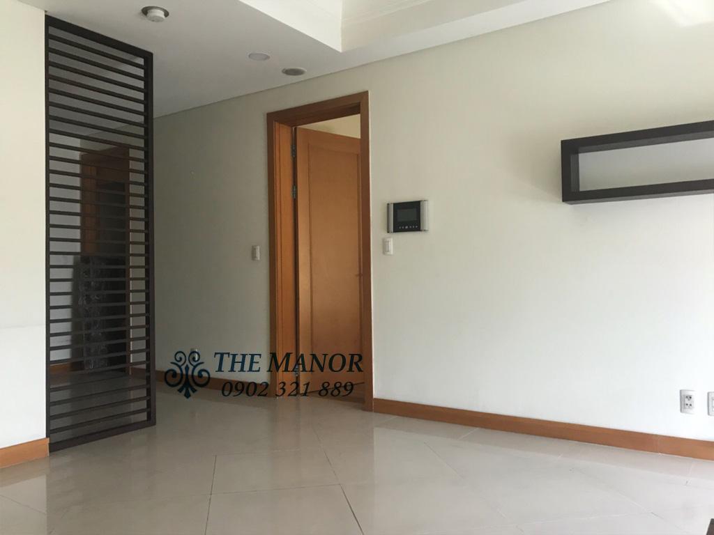 Bán căn hộ The Manor lô A tầng 18 với 2 phòng ngủ - đường vào phòng ngủ