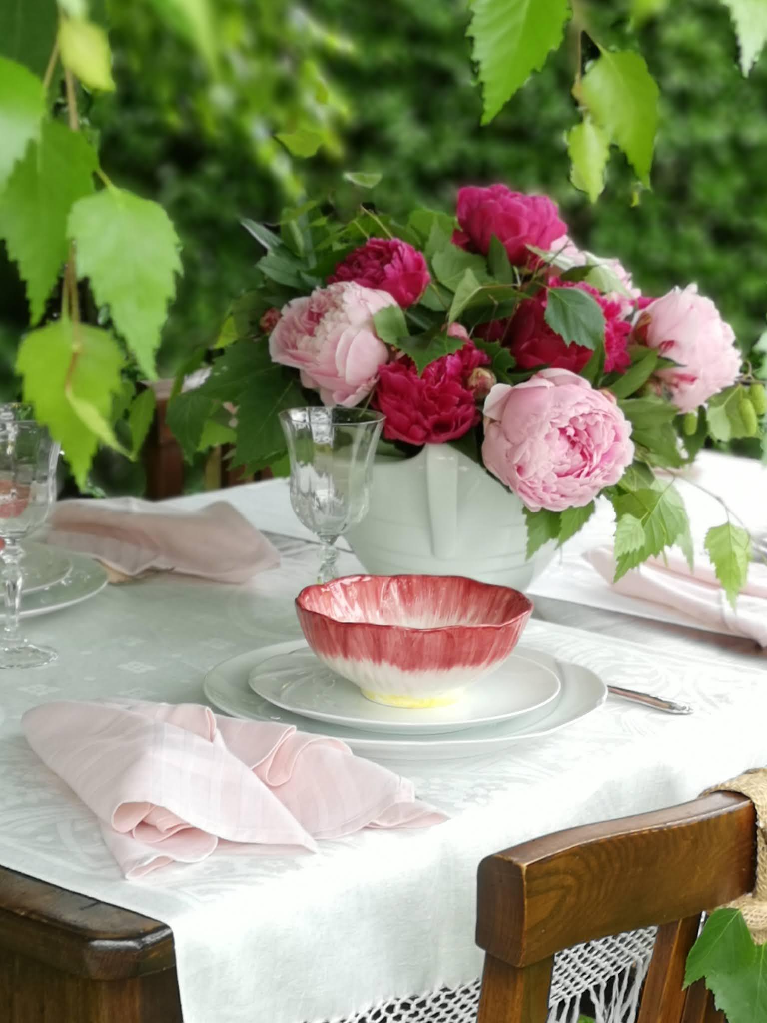 tavola in rosa