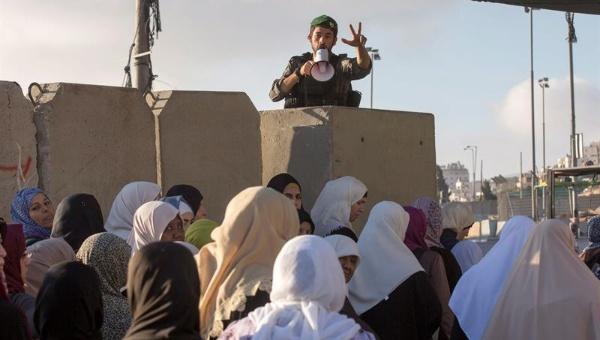 Israel restringe la entrada de palestinos a Jerusalén para el Ramadán