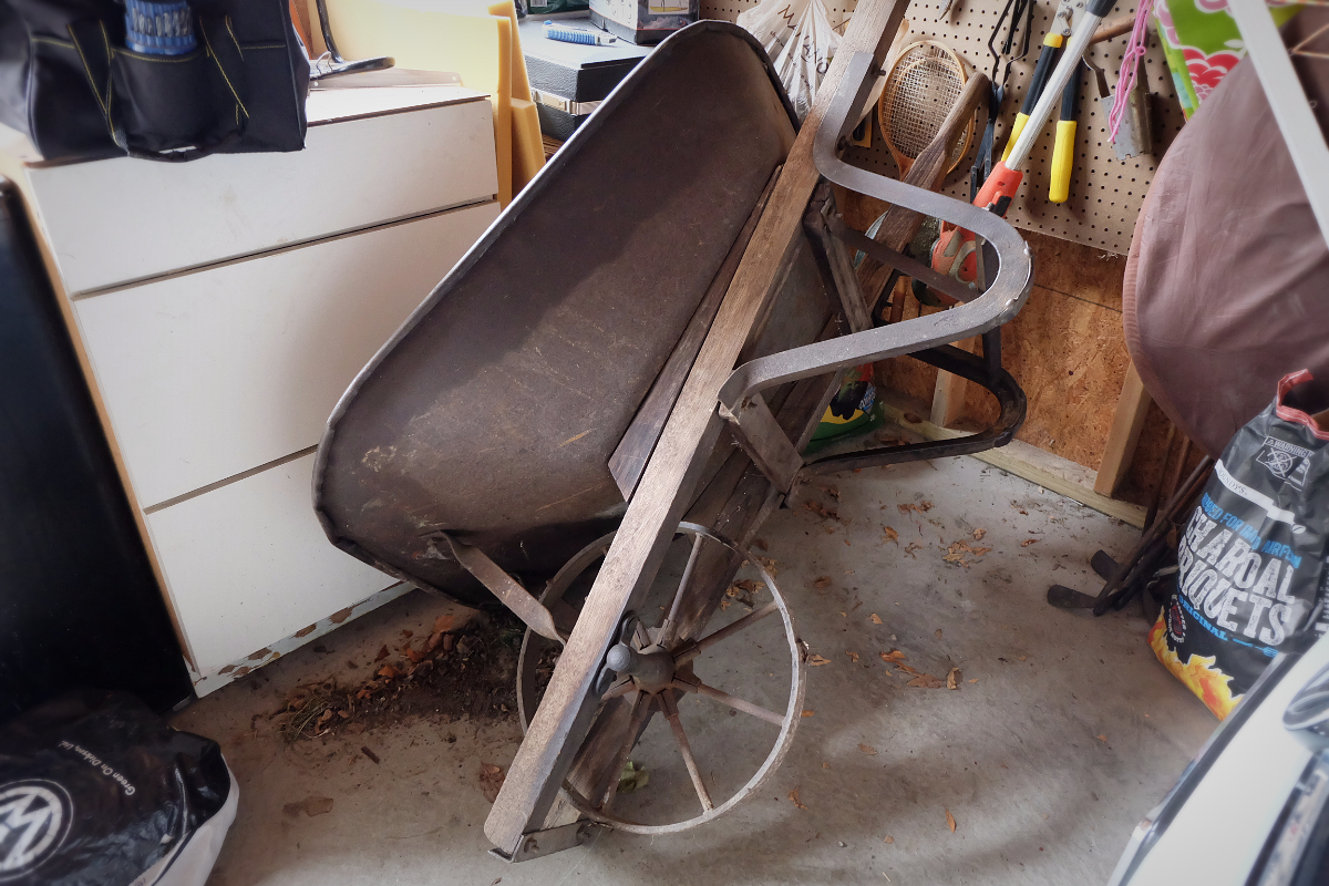 It's a Wheelbarrow Hoist  - Flipping the Flip