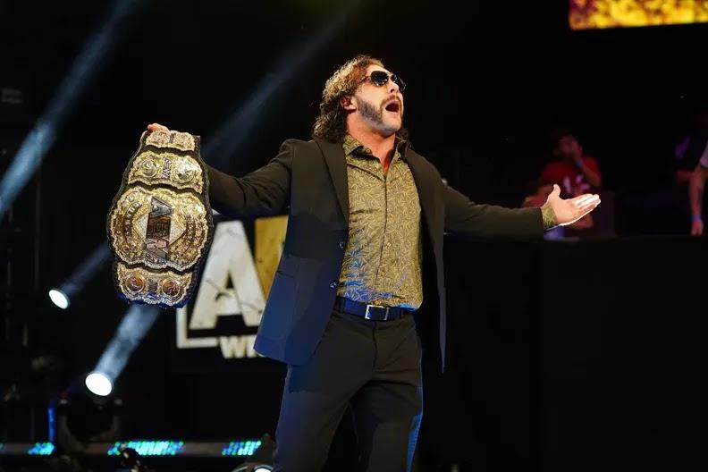 Kenny Omega é eleito o melhor lutador de 2021 pela Pro-Wrestling Illustrated