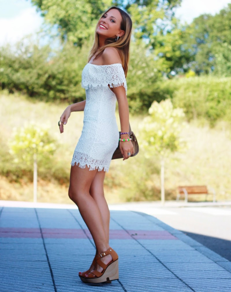 a620912d3 vestido de guipur blanco