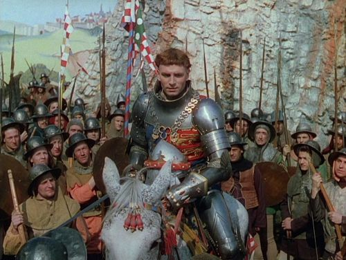 Laurence Olivier as King Henry V, rallying his army at Southampton in Henry V (1944)