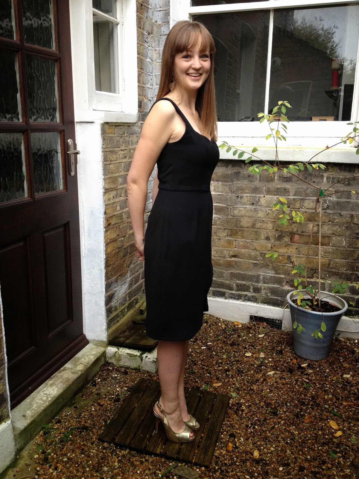 Diary of a Chainstitcher: Black Crepe By Hand London Kim Dress