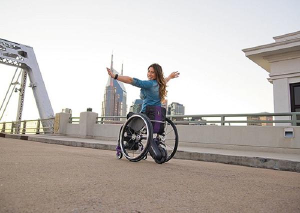 xe lăn dành cho người tàn tật