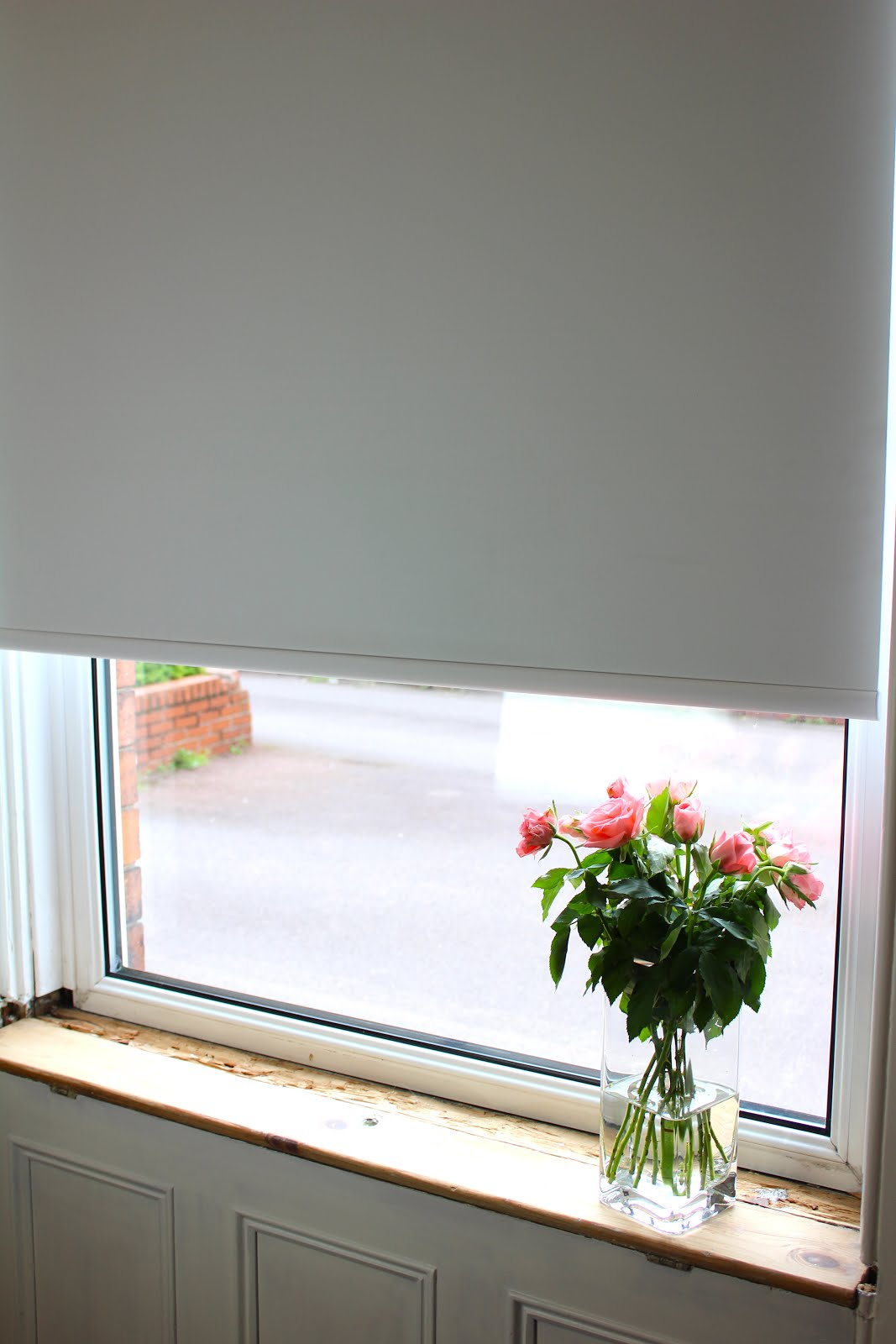 Simple White Black Out Electric Blind