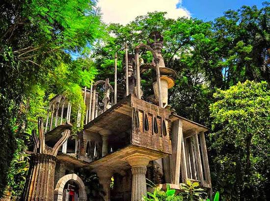 Las Posas - Jardim Surreal - Templo