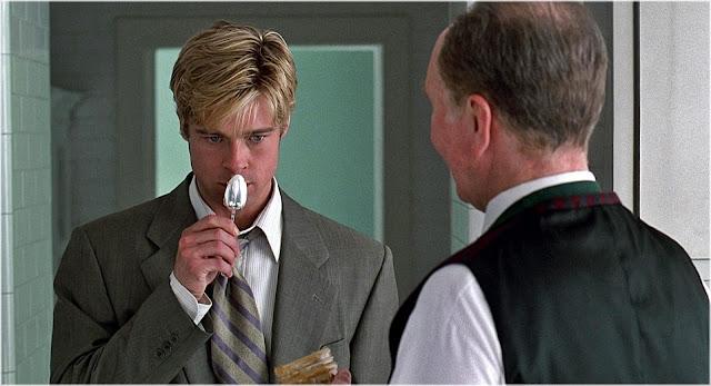Joe Black próbuje masło orzechowe