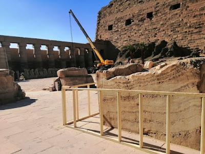 The crane in Karnak temple