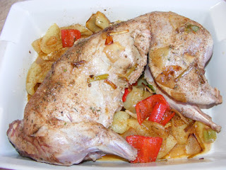 Reteta iepure intreg la tava cu legume si sos din vin si smantana preparare,