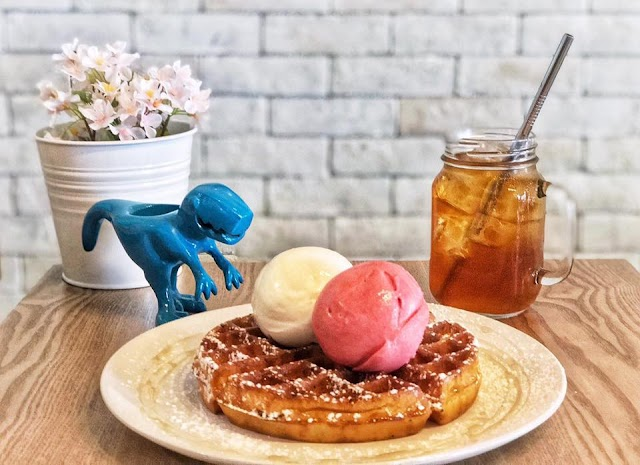 5 ice cream shops sold till late in Singapore