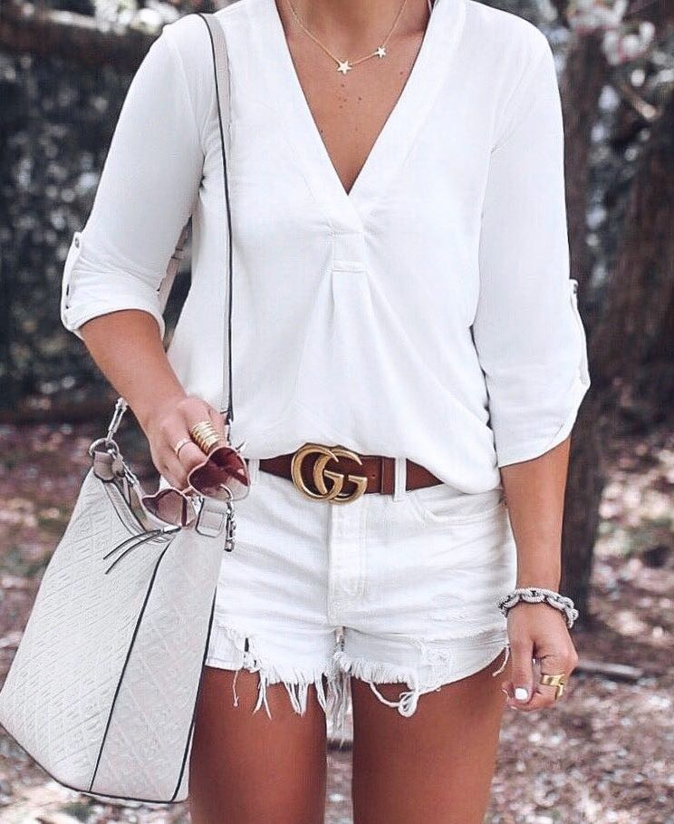 simple summer outfit / bag + white denim shorts + blouse