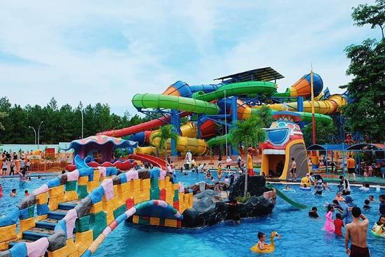 Harga Tiket Ocean Park untuk Liburan bersama Teman
