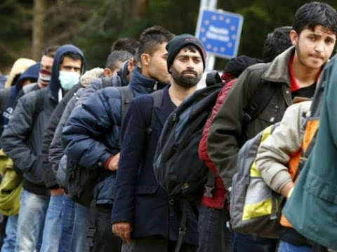 Erdogan egymillió szíriai visszatelepítését tervezi, és a migránsok kiengedésével fenyegetőzik