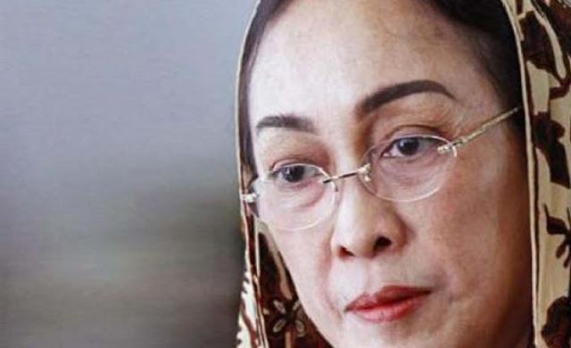 Dalam Pandangan Penyair Ini Puisi Sukmawati Soekarnoputri 'Ibu Indonesia' yang Menghebohkan Itu Ternyata.....