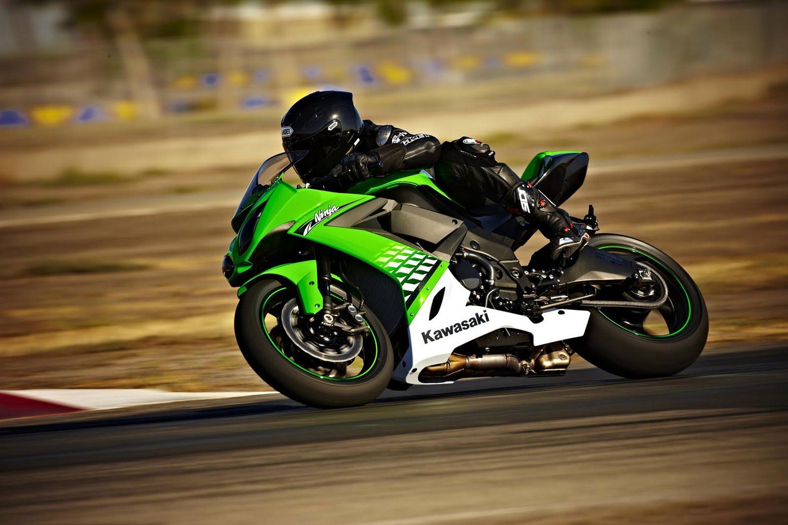 Insane Kawasaki Bike Hd Wallpaper: 2011 Kawasaki Ninja ZX-10R Sportbike