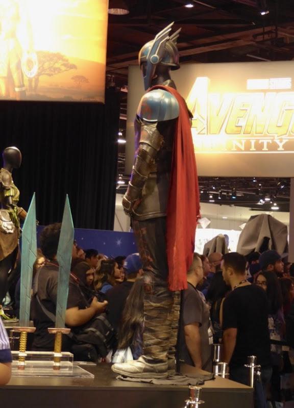 Thor Ragnarok film costume