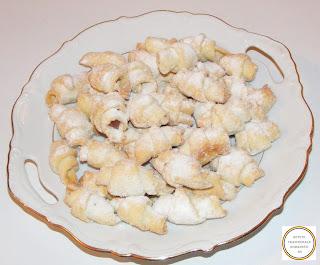 Cornulete cu nuca retete culinare,