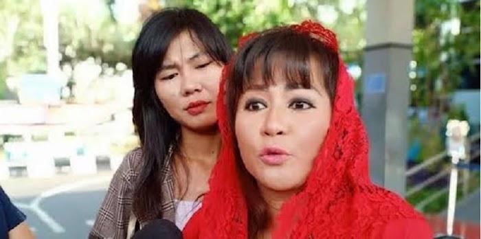 Minta Jokowi Tidak Perpanjang PPKM Darurat, Dewi Tanjung: Saya Punya Feeling, Ada Misi Jahat Untuk Jatuhkan Bapak