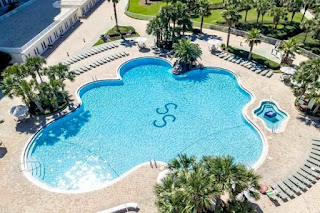 Silver Shells Condominums Outdoor Pool Destin Florida