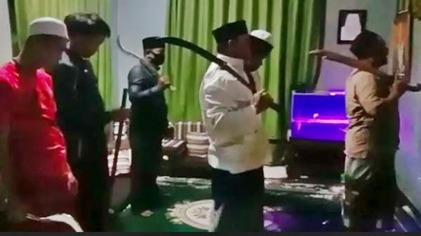 Geger Seruan Jihad Sambil Tenteng Pedang dan Celurit Saat Shalat, Polisi Langsung Selidiki