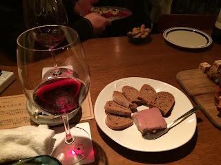 エゾ鹿とワイン