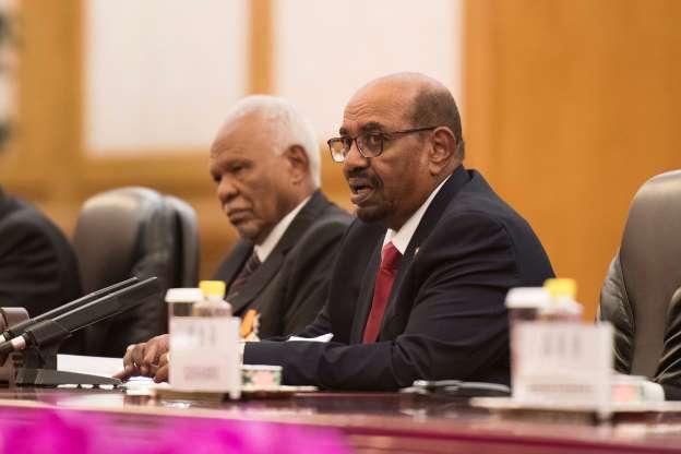 Presiden Sudan Pecat Seluruh Menteri demi Perbaikan Ekonomi