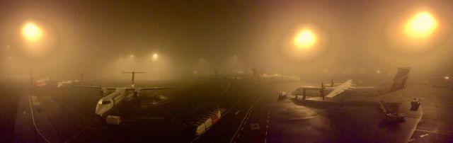 ¿Por qué la niebla atrasa los vuelos?