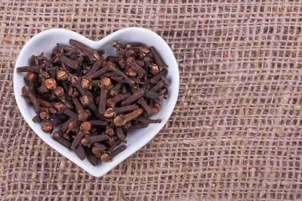 Cloves benefits in Tamil language.
