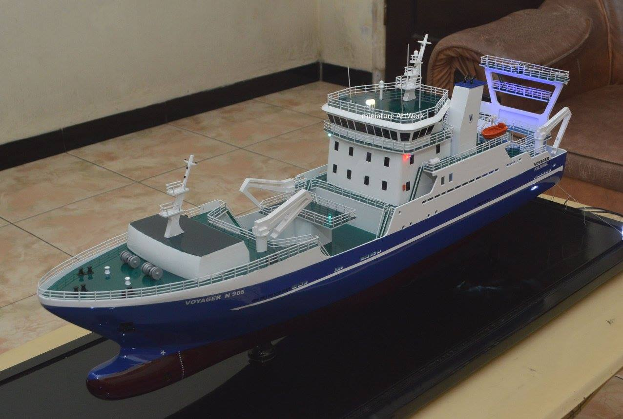 miniatur kapal penangkap ikan voyager kilkeel fishing trawler n905 long line rumpun artwork planet kapal indonesia