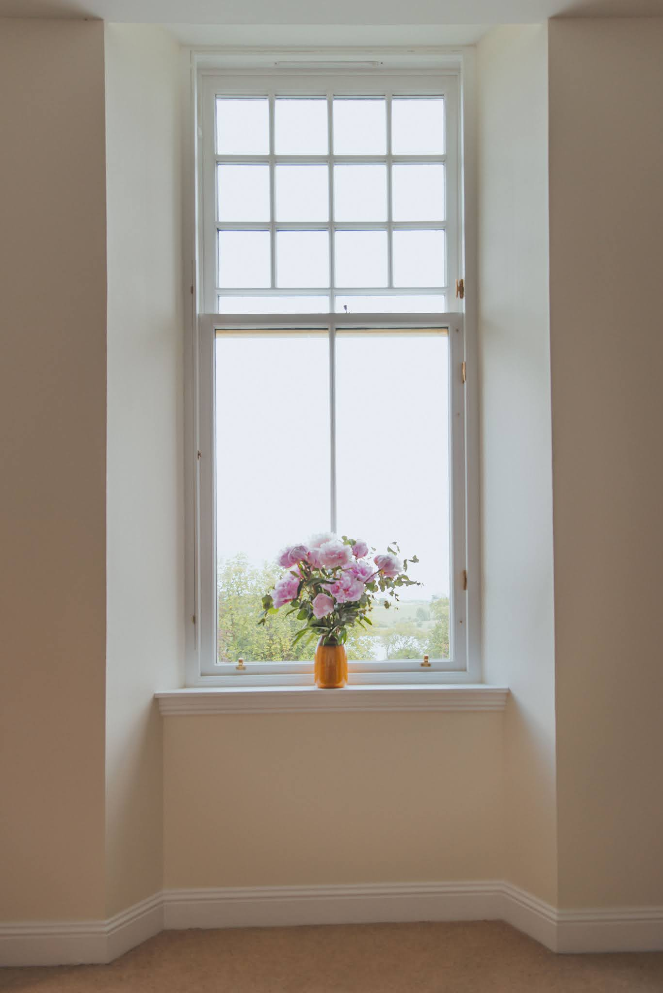 farrow and ball pointing arena flowers peonies liquidgrain liquid grain