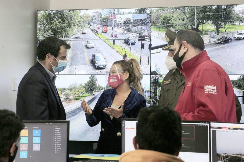 En qué consiste el plan de teleprotección que instalará 1.000 cámaras de vigilancia en 66 comunas del país
