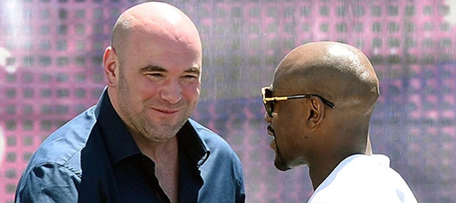 Floyd Mayweather Blasts UFC President Dana White (VIDEO)