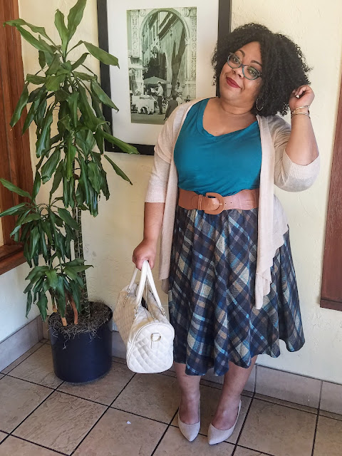 curvy, plus size, full figured, natural hair, plaid skirt, knit tee, cardigan, kitten heels, cat-eye specs