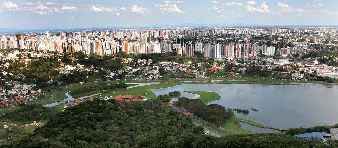 Conheça Curitiba e suas diversas opções de lazer e turismo