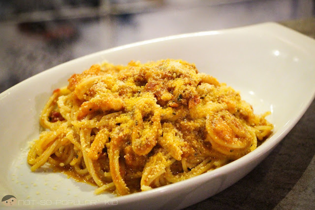 Creamy Shrimp & Tomato Alfredo Pasta of Burger Bar