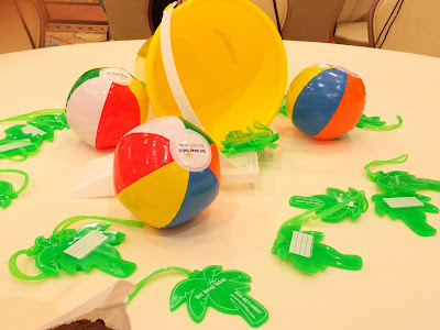 Combine your table scape with your party favors for an easy lunch party like Get Away Today did at this lunch party at SNAP conference.
