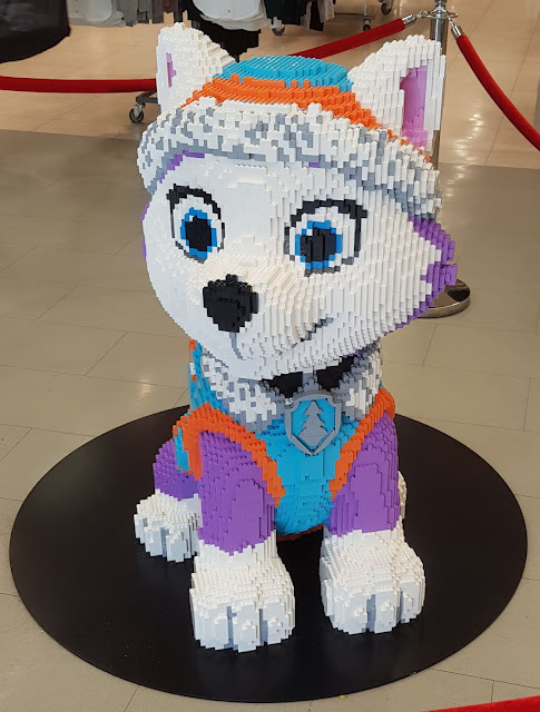 Blackburn #Brickburn Paw Patrol Everest White Puppy LEGO model in Primark