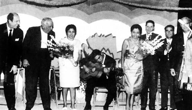 JUAN TALEGA EN EL GAZPACHO ANDALUZ DE MORÓN CON ANTONIO MAIRENA, FERNANDA Y BERNARDA DE UTRERA