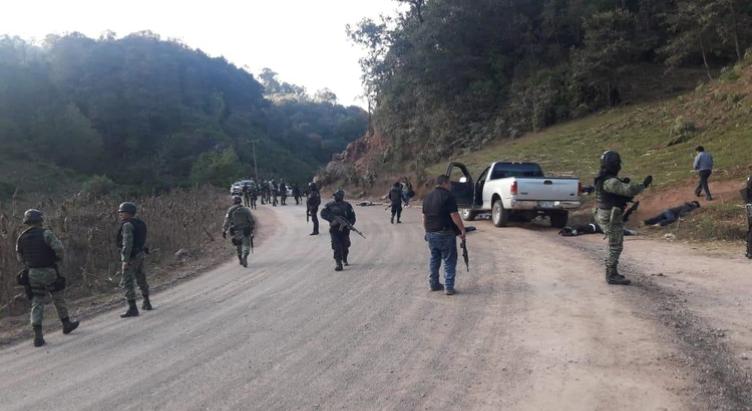 """Alrededor de 500 sicarios de """"Los Ardillos"""" armados hasta los dientes, se atrincheraron en la comunidad Rincón de Chautla, Guerrero"""