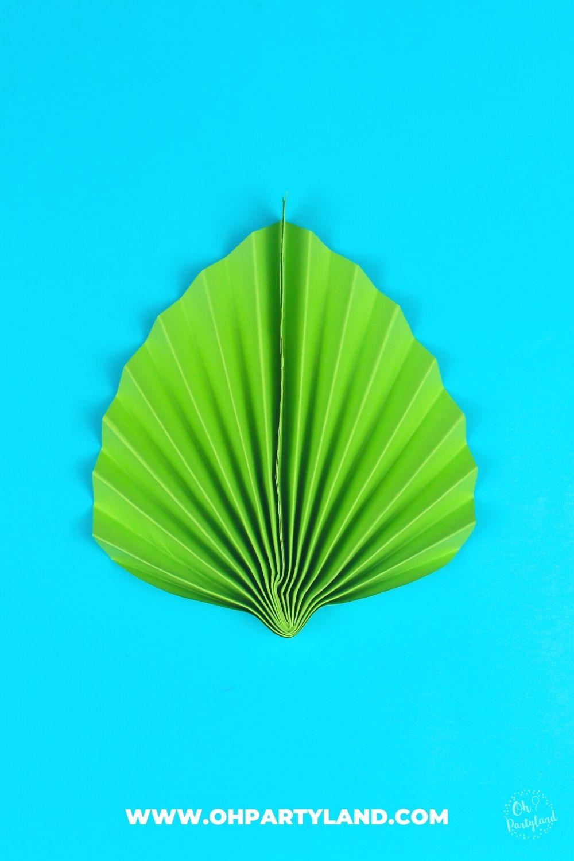 diy-paper-leaf