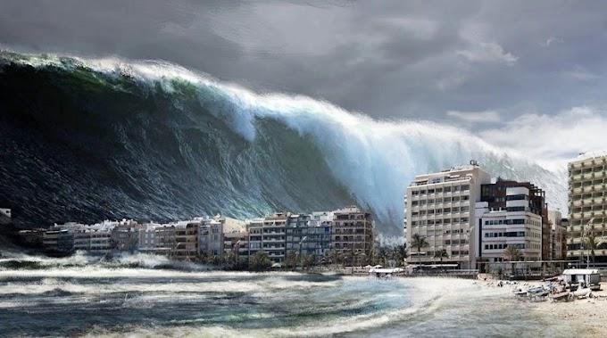 سمندری طوفان کراچی سے کچھ میٹر دور۔۔۔ کیا کراچی کو کوئی خطرہ ہے؟