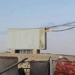 انفجار محول كهربائي بدائرة المحبس يفتح التساؤل حول مستقبل شبكة الكهرباء بالمخيمات